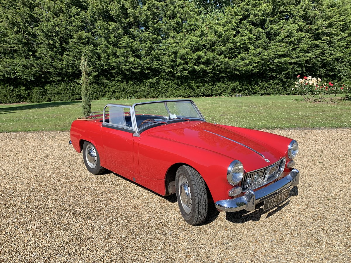 1961 MGB midget  soft/hard top restored For Sale (picture 3 of 6)