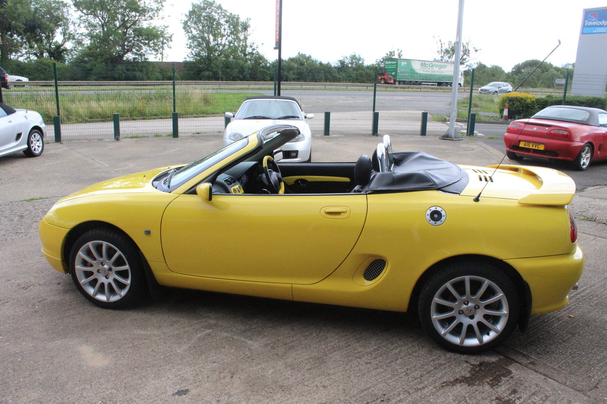 2001 MGF TROPHY 160,LOWMILEAGE,CHROME HOOPS,NEW HEADGASKET,RAC For Sale (picture 2 of 6)