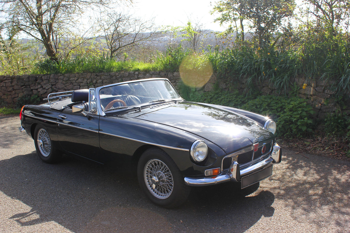 1973 MGB ROADSTER SOLD (picture 2 of 6)