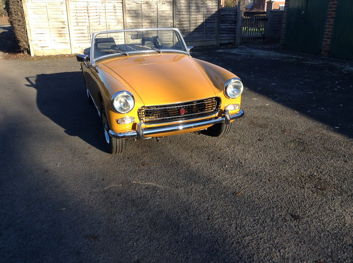 1972 Classic mg midget For Sale (picture 1 of 1)