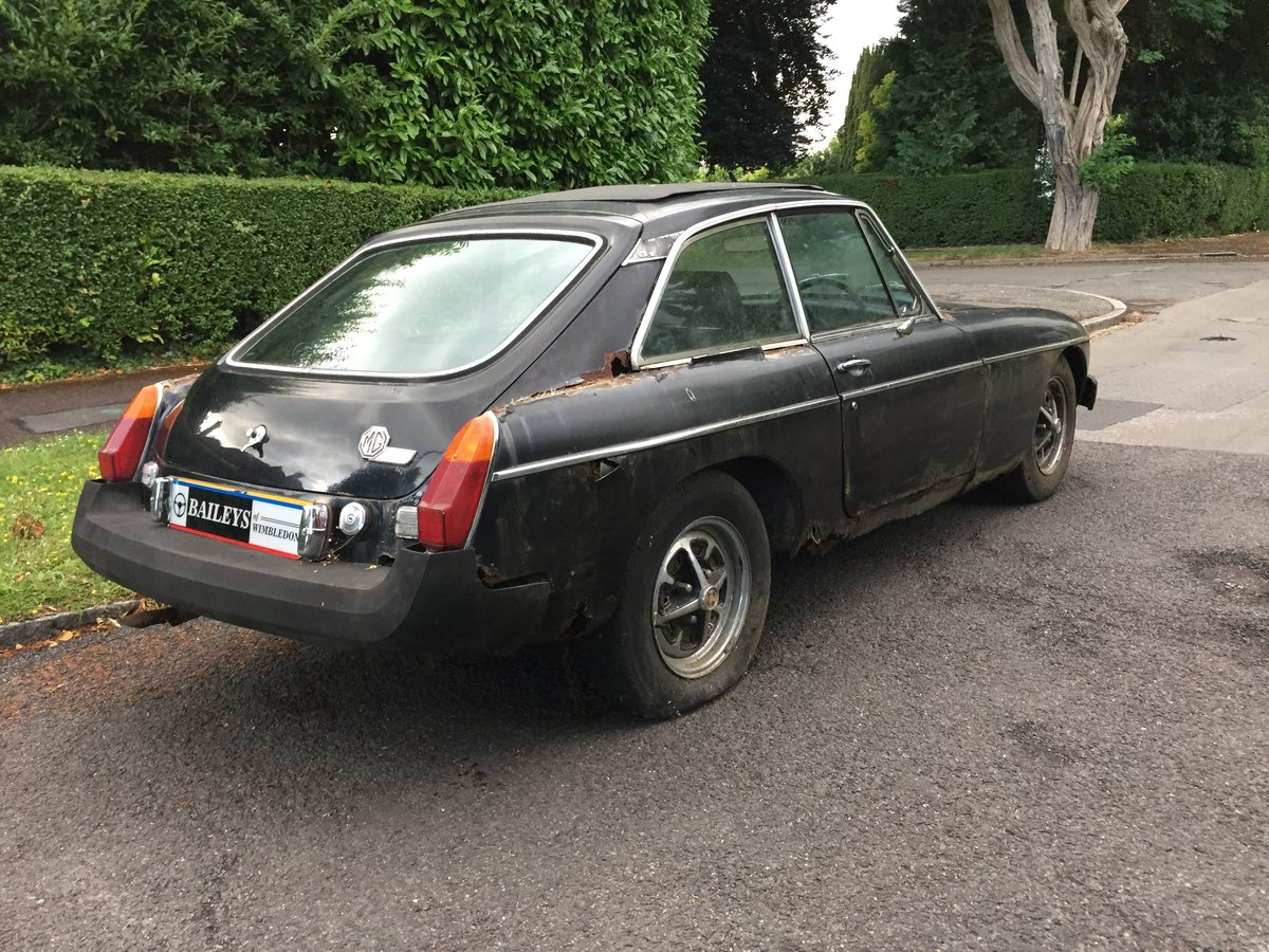 1976 MG B GT Coupe, Gentleman Owned For 22 Years, For Restoration For Sale (picture 3 of 6)