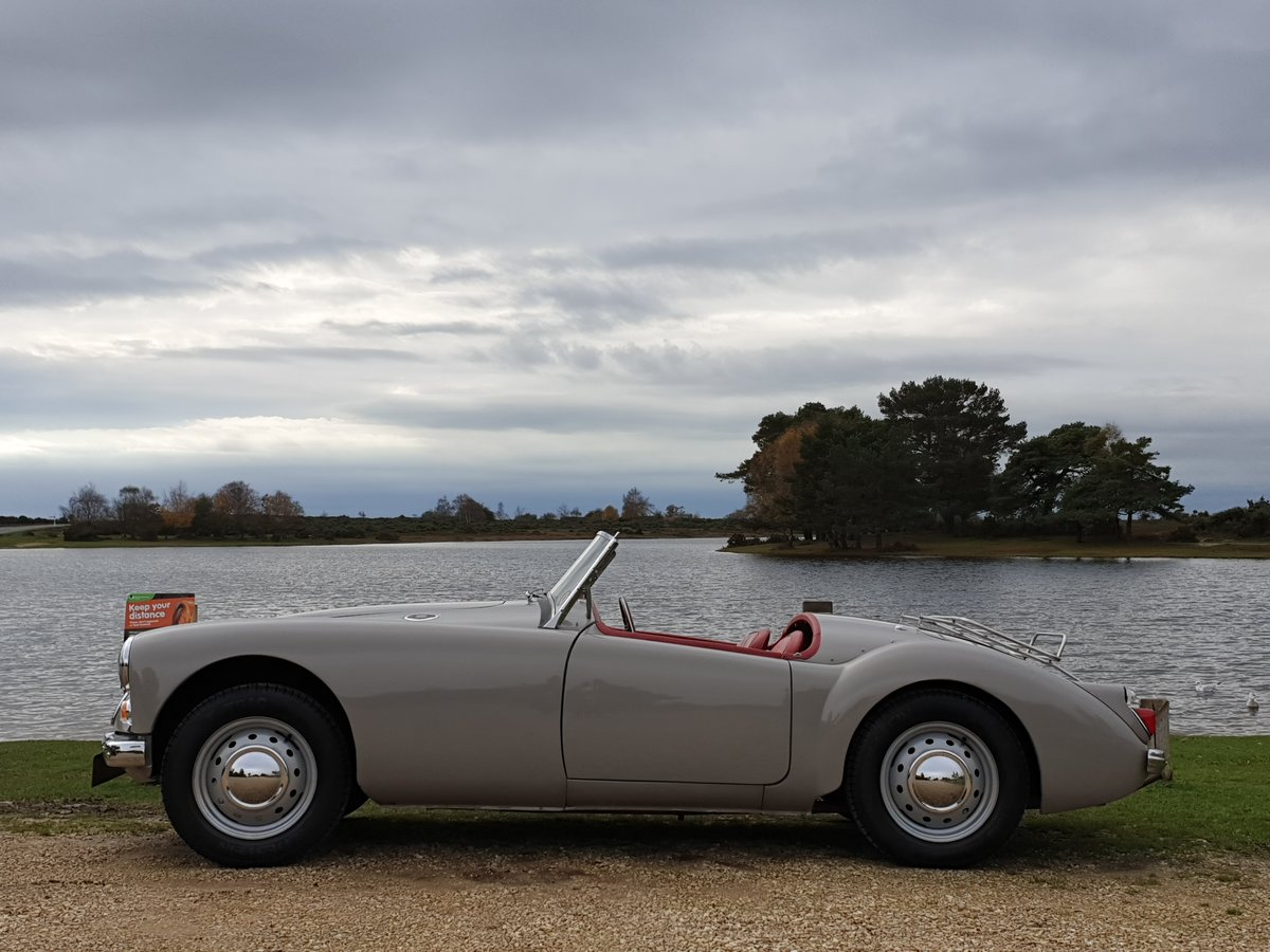 Original UK RHD 1959 MG A 1600 Roadster with great history For Sale (picture 4 of 6)