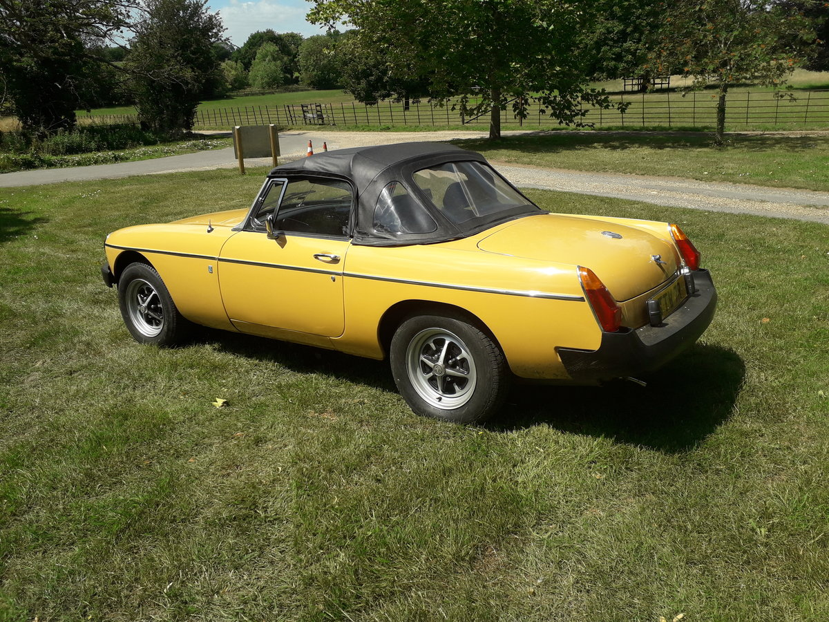1977 MGB Roadster For Sale (picture 2 of 6)