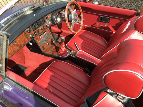 1974 Absolutely Gorgeous and Rare Aconite Purple MGB For Sale (picture 4 of 6)