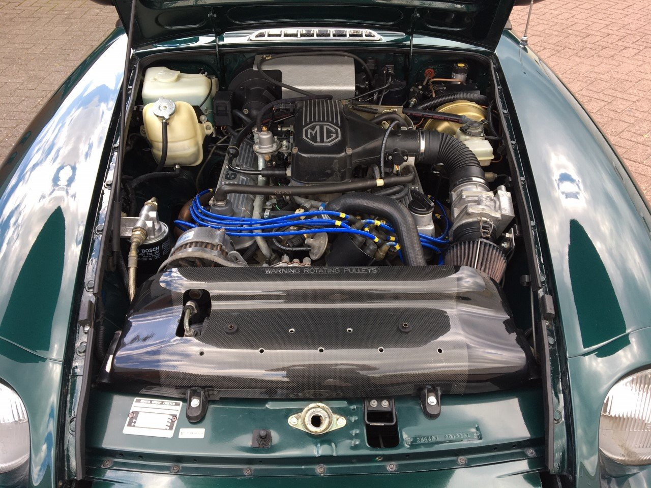 1993 MG RV8 LHD British Racing Green For Sale (picture 4 of 6)
