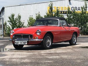 1976 MG B Roadster For Sale by Auction