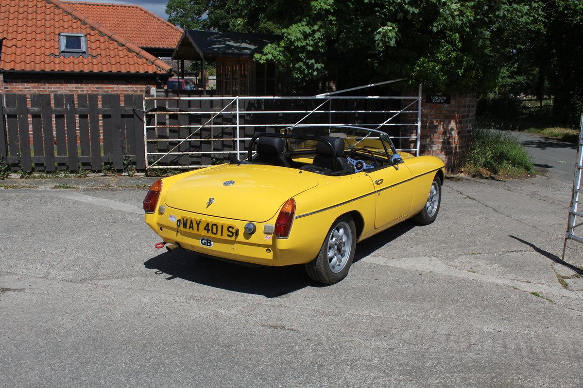 1977 1978 MGB V8 Roadster - 4.6V8, Edelbrok carb, 5 speed  For Sale (picture 6 of 15)