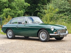 MG B GT, 1971, British Racing Green