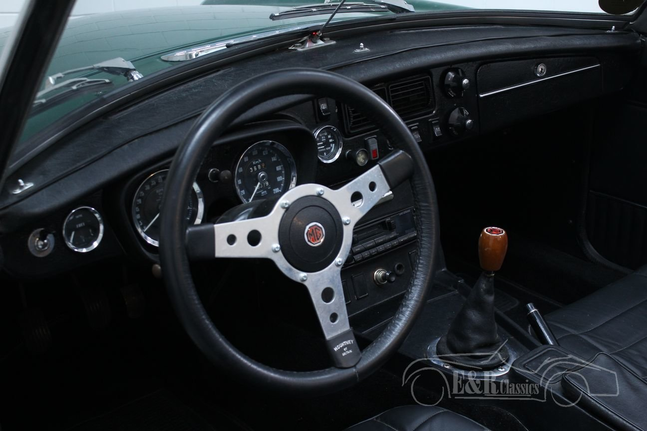 MG MGB 1974 European version BRG Overdrive For Sale (picture 3 of 6)