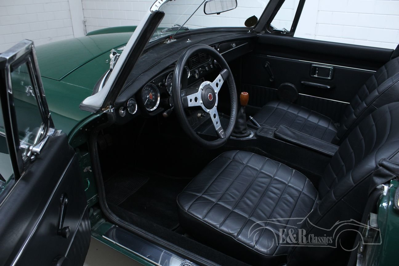 MG MGB 1974 European version BRG Overdrive For Sale (picture 6 of 6)