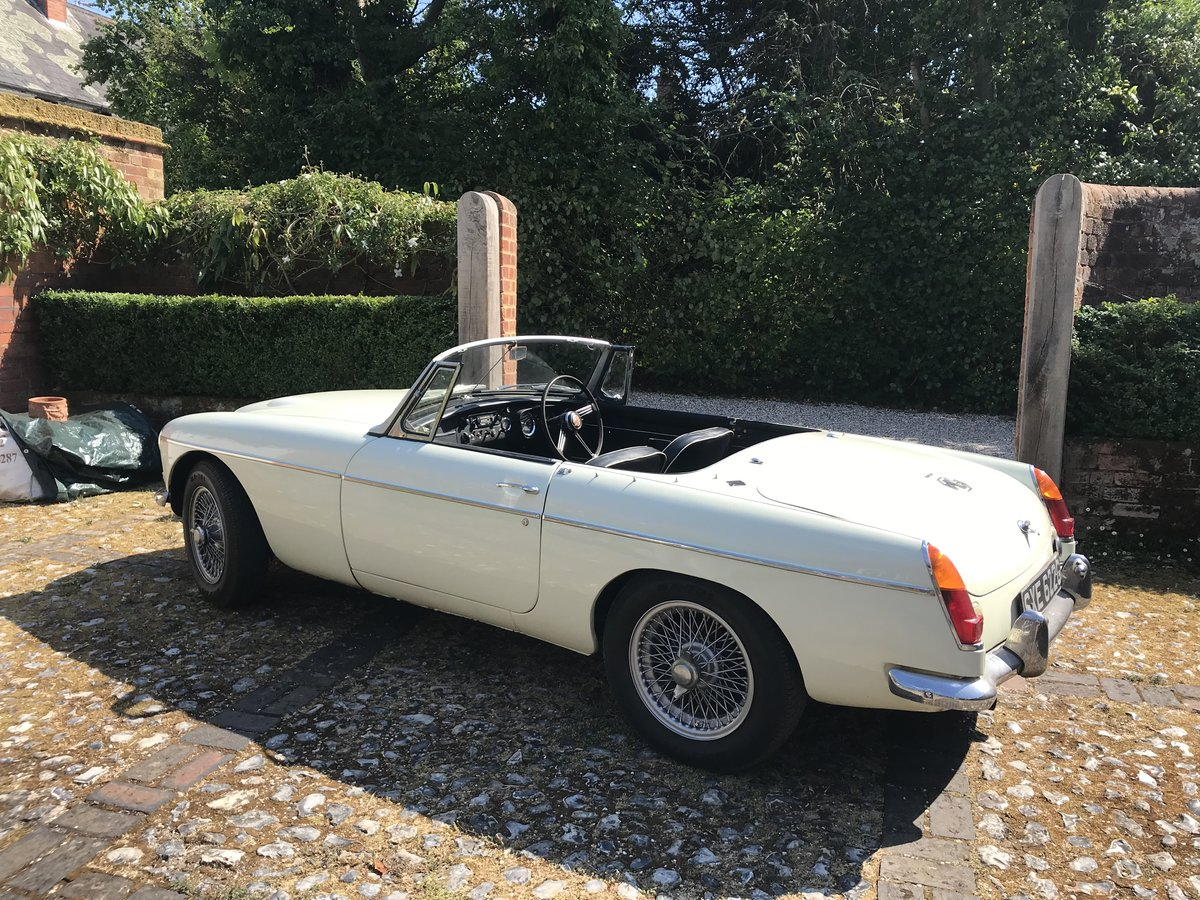 1968 MGC roadster - One family owned For Sale (picture 4 of 6)