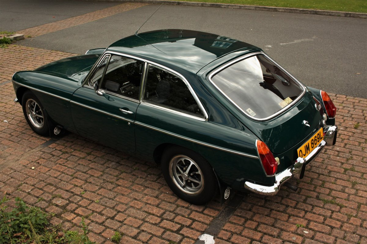 1972 MGB GT - Mallard Green, Older Restoration - MGBGT MG BGT SOLD (picture 1 of 6)