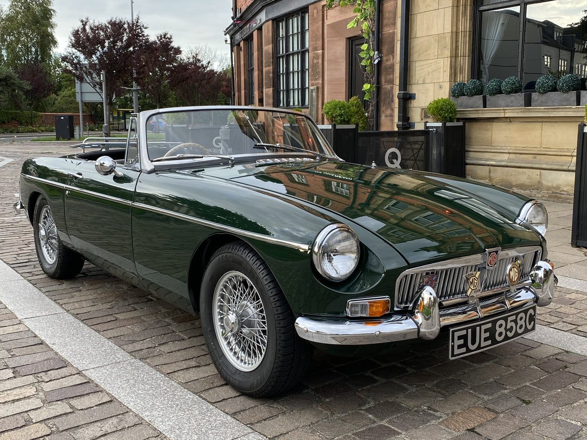 1965 MGB Roadster - Beautiful restored car - Overdrive For Sale (picture 1 of 6)