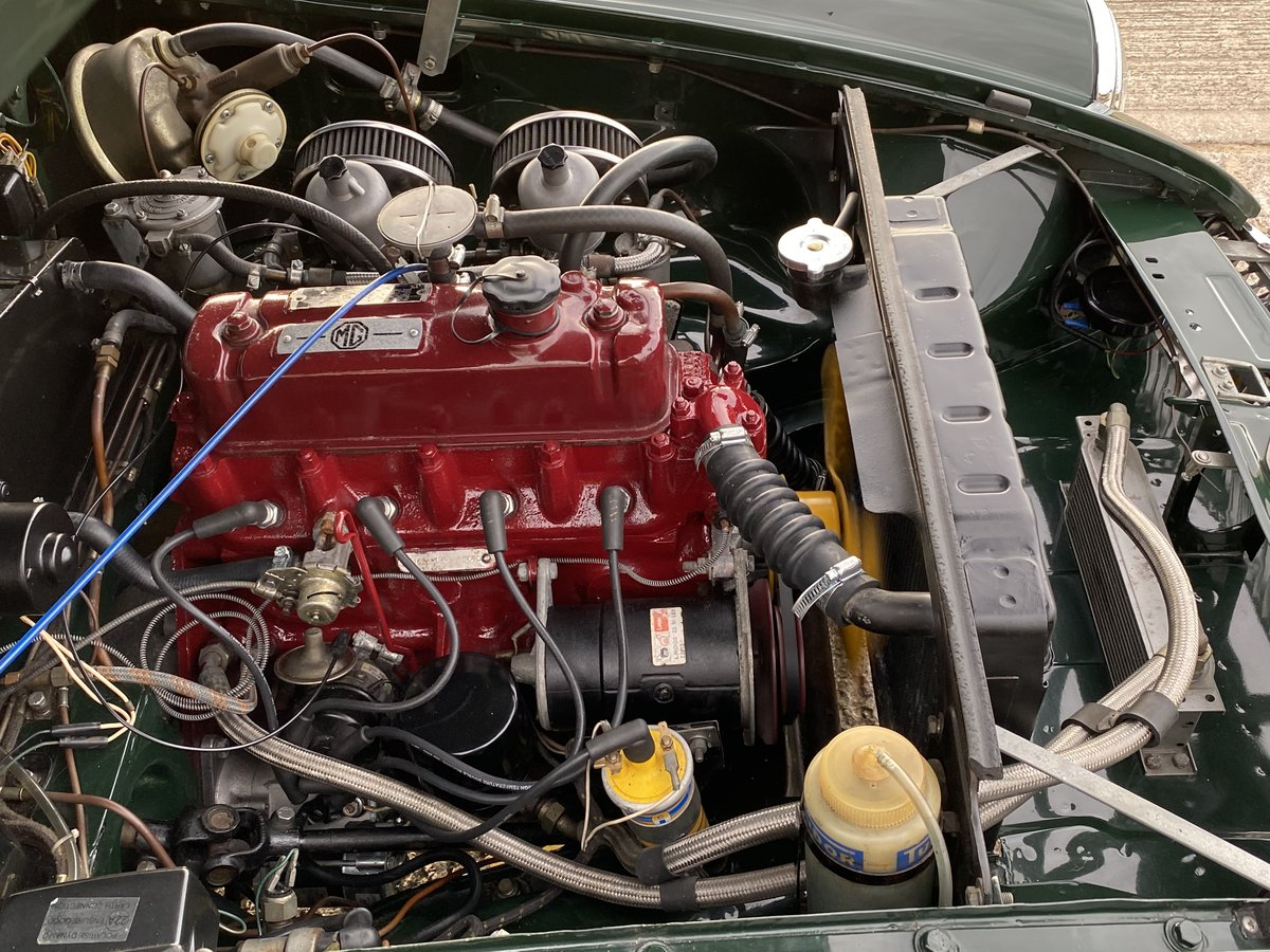 1965 MGB Roadster - Beautiful restored car - Overdrive For Sale (picture 6 of 6)