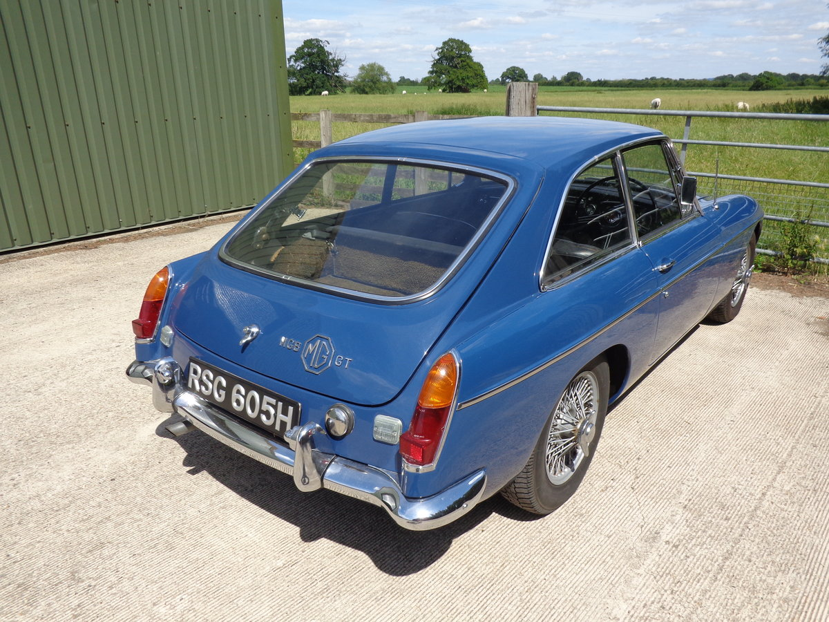 A HIGHLY ORIGINAL, LOW MILEAGE MGB GT (BMC) 1969! For Sale (picture 6 of 6)