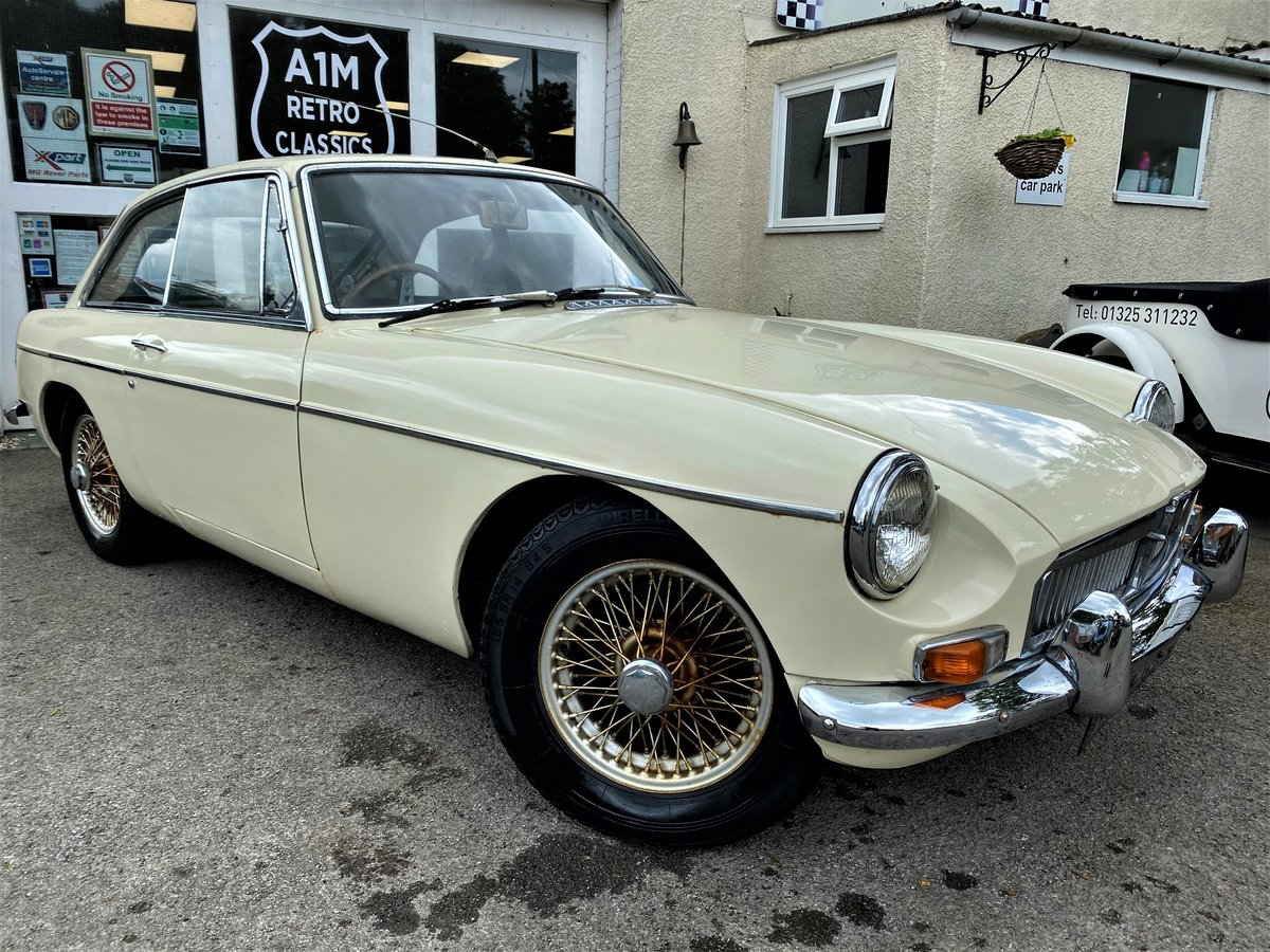 1967 - MG B GT For Sale (picture 1 of 6)