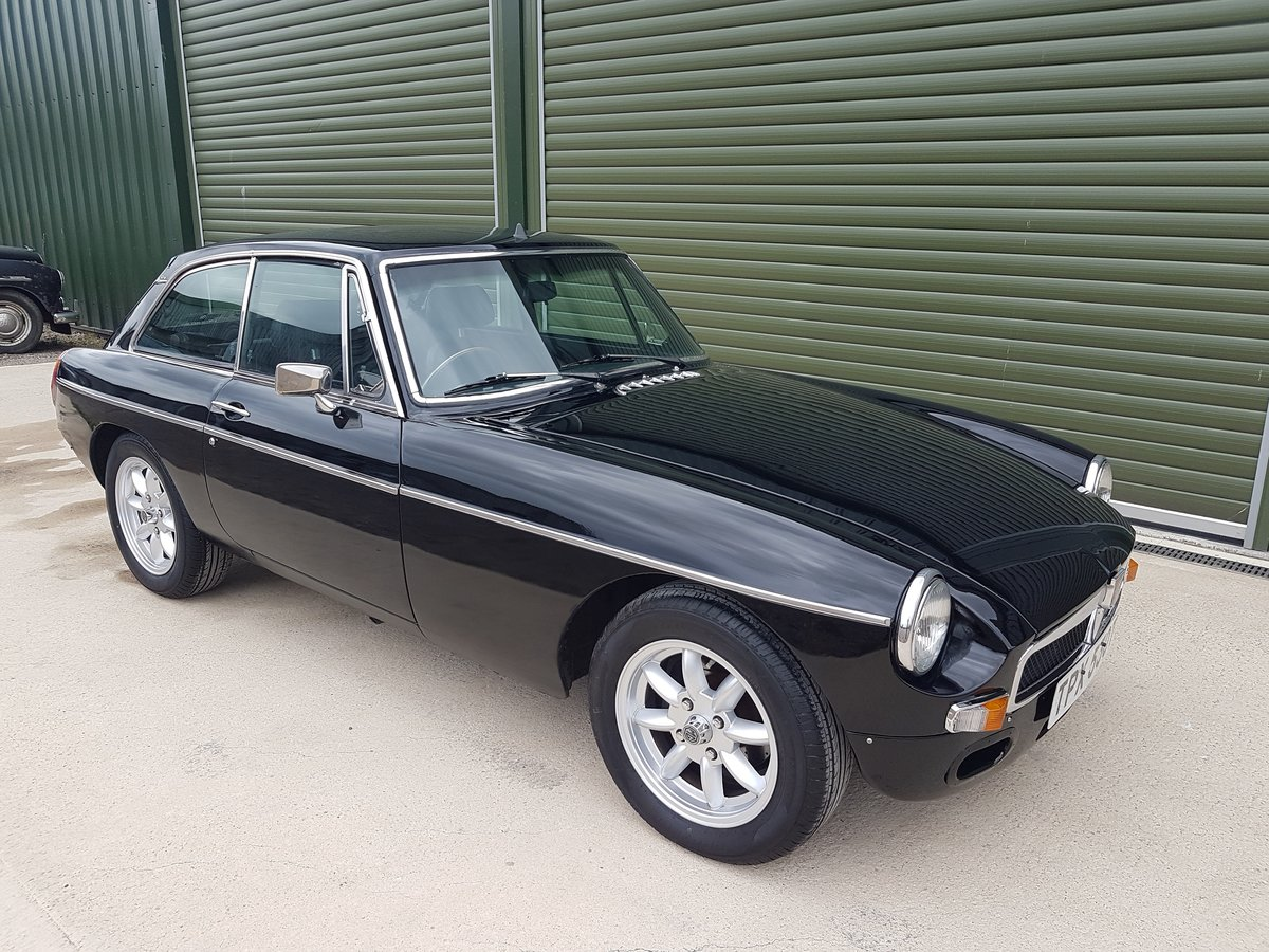 1978 MGB GT V8. Heritage Shell. Rover V8. 5-Speed box SOLD (picture 1 of 6)