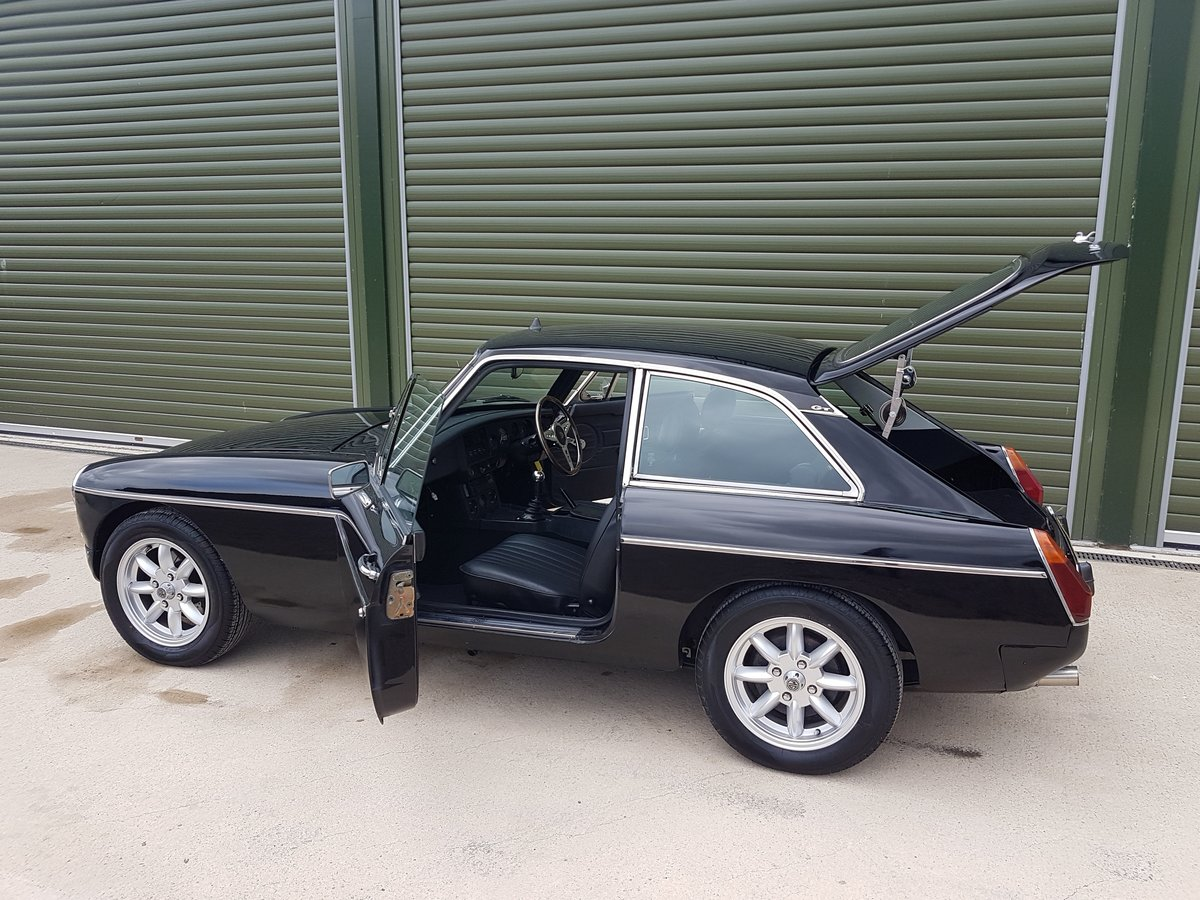 1978 MGB GT V8. Heritage Shell. Rover V8. 5-Speed box SOLD (picture 5 of 6)