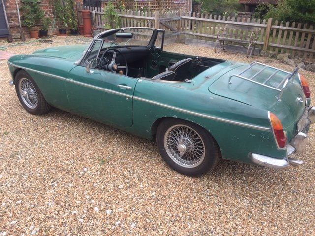1969 MGC Roadster Automatic for restoration SOLD (picture 1 of 6)