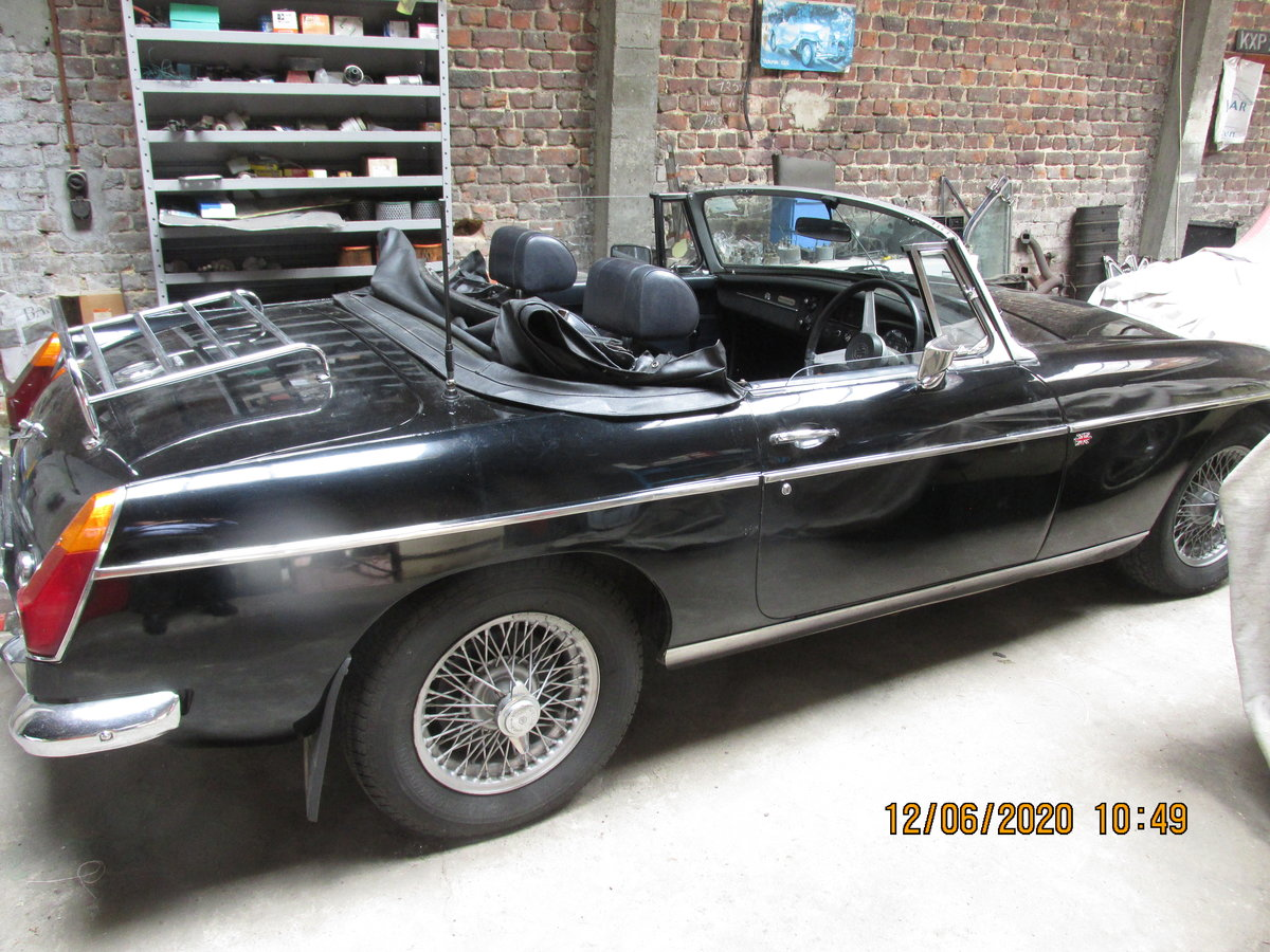 1973 Rare automatic mgb roadster For Sale (picture 2 of 4)