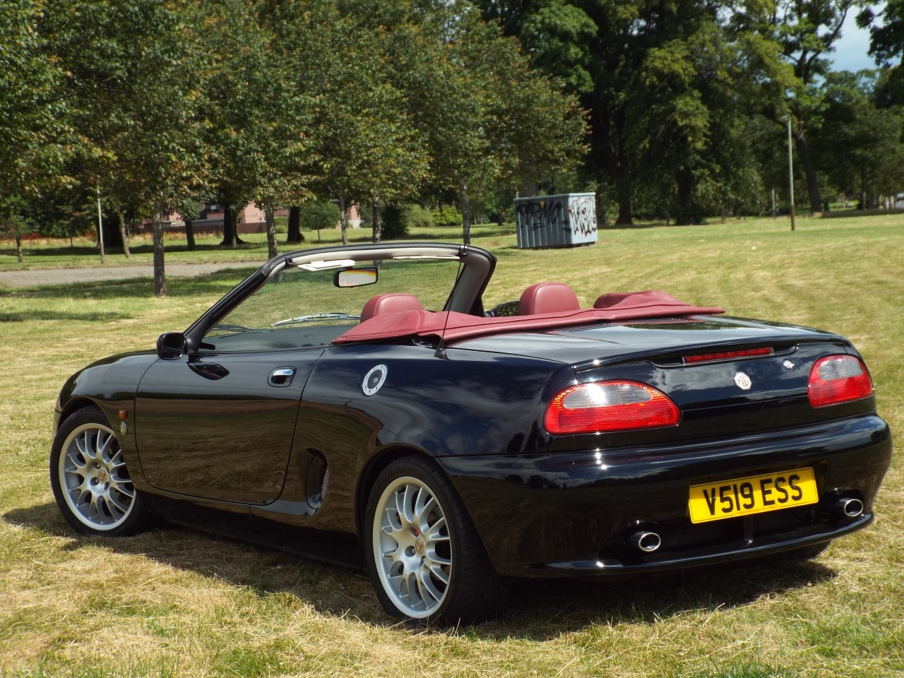 1999 MGF 75th Anniversary Limited Edition SOLD (picture 2 of 6)