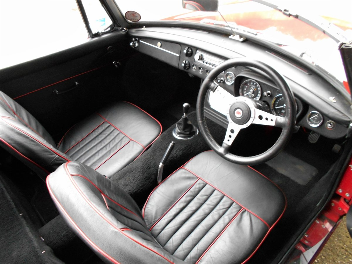 1967 MGB Roadster For Sale (picture 5 of 6)
