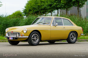 Picture of 1973 Very good MGB GT with Overdrive (LHD) For Sale