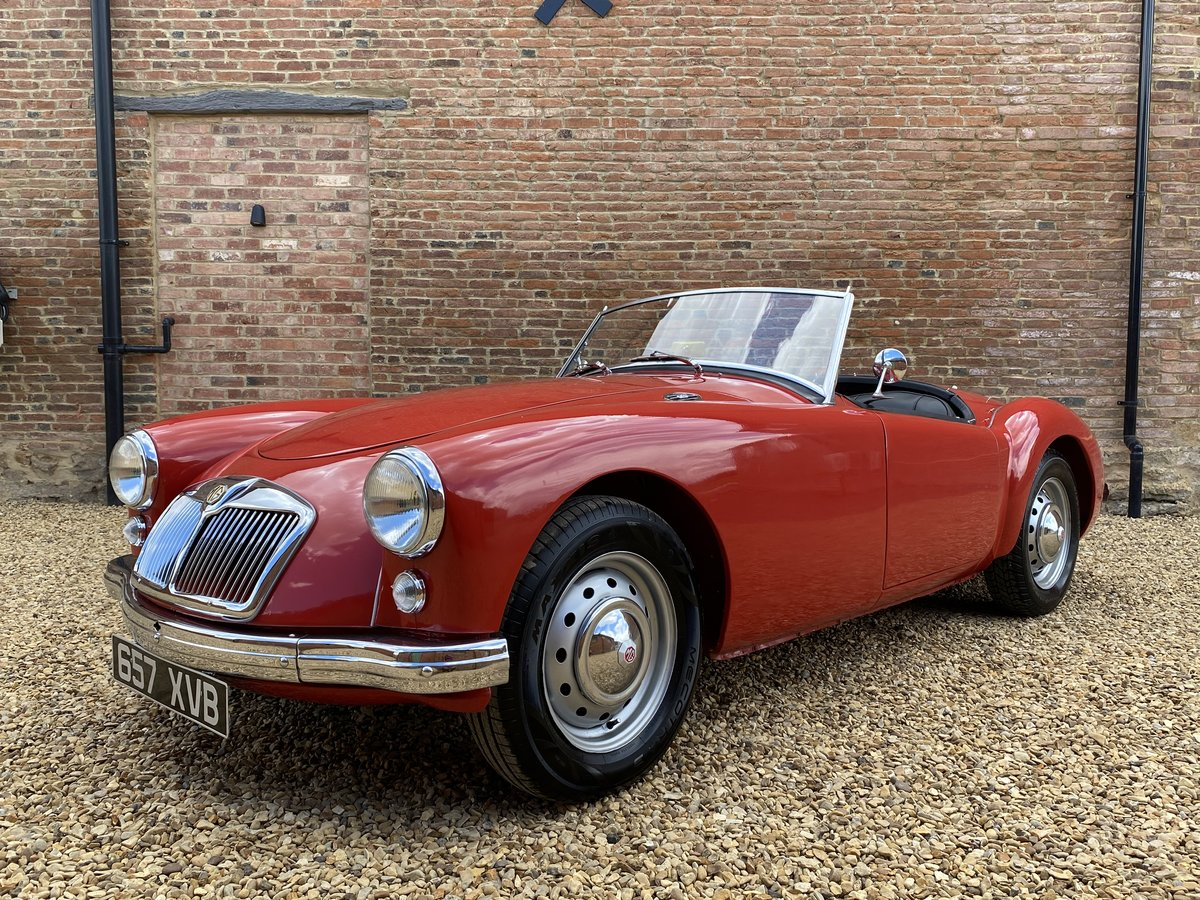 1957 MGA Roadster 1500 MK I. Beautifully Restored SOLD (picture 2 of 6)