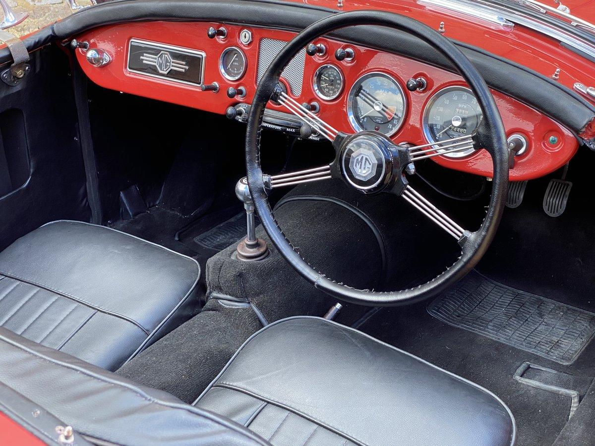 1957 MGA Roadster 1500 MK I. Beautifully Restored SOLD (picture 4 of 6)