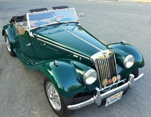 1955 MG TF 1500 roadster - mallard green