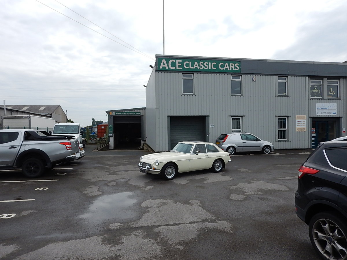 1969 MGC GT Automatic SOLD (picture 6 of 6)