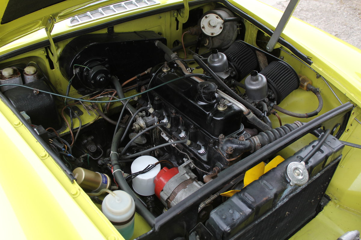 1974 MGB Roadster, Excellent Driver, Full Respray 2015 SOLD (picture 14 of 18)