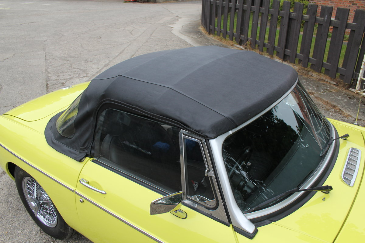 1974 MGB Roadster, Excellent Driver, Full Respray 2015 SOLD (picture 16 of 18)