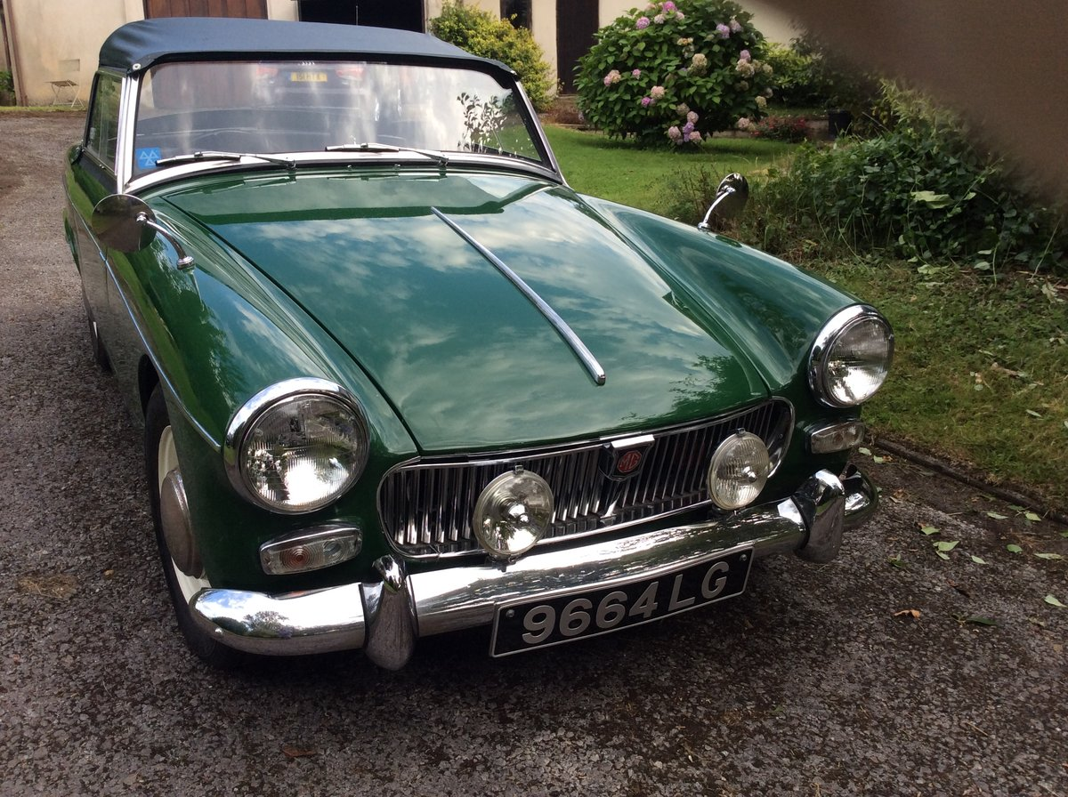 1963 Green MG Midget Now SOLD SOLD (picture 5 of 6)