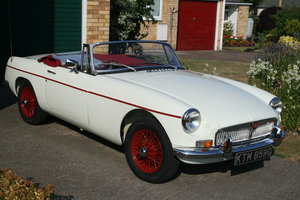 1968 MGB on NEW Heritage Shell