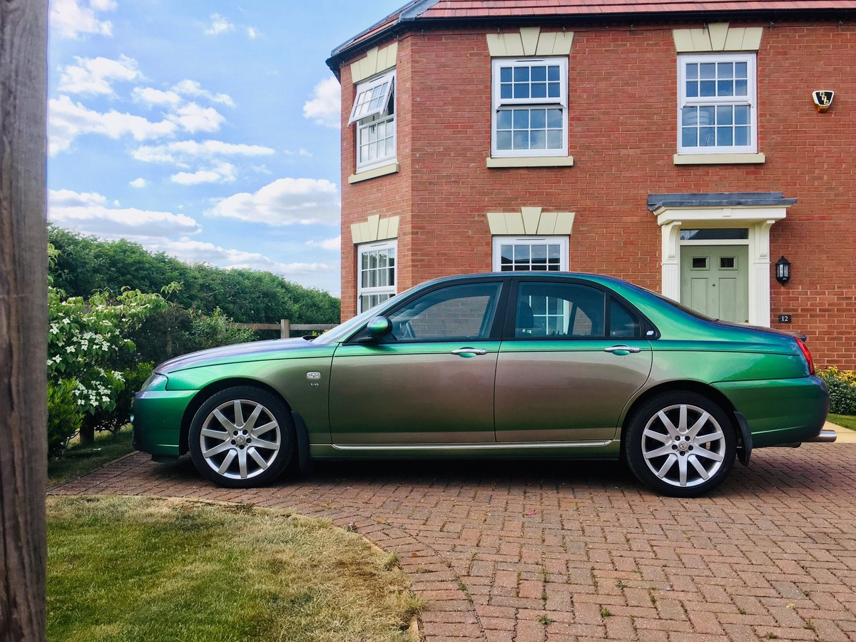 2005 MG ZT 400 SE Roush Supercharged V8 Monogram colour For Sale (picture 4 of 6)