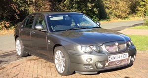 2004 MG ZT 260 Excellent condition