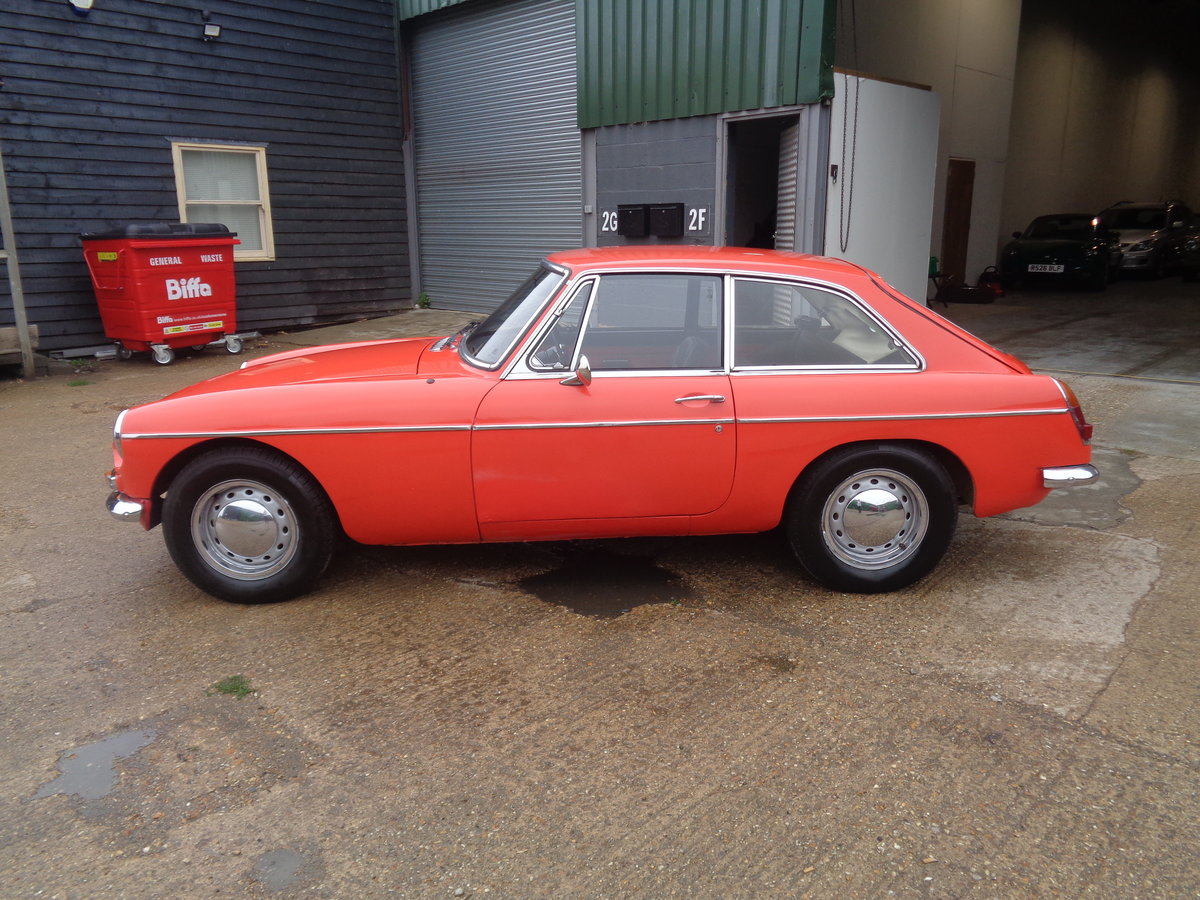 1968 MG GT - Collectable Classic Cars