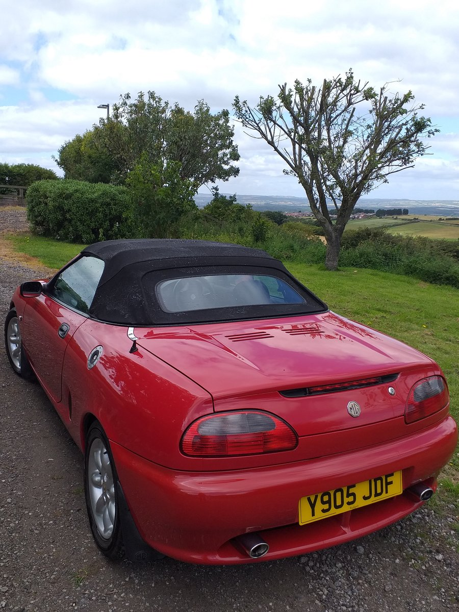 2001 MGF 1.6 Convertible - Excellent condition SOLD (picture 3 of 6)