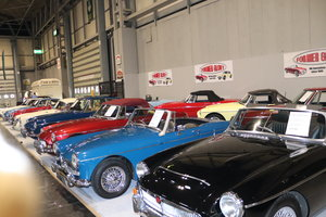 Picture of 1972 LARGEST STOCK OF CHROME MGB ROADSTERS IN THE UK For Sale