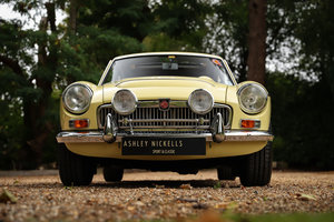 1969 MGC GT -MANUAL + OVERDRIVE, SUPERB CONDITION
