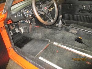 1976 LHD MG B GT V8