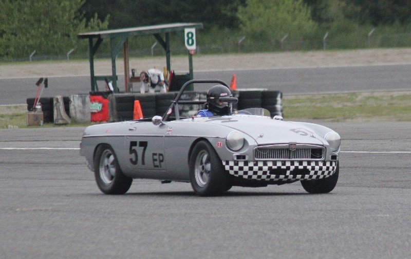 1963 MGB Roadster - quick Excellent price! For Sale (picture 1 of 6)