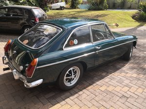 Picture of 1973 MGBGT