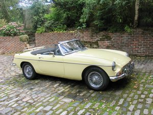 Picture of 1968 Stunning mgb roadster