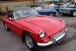 Picture of 1967 MGB Roadster HERITAGE SHELL,MK1,Tartan red. For Sale