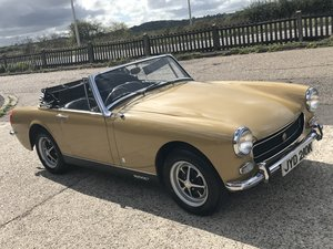 Picture of 1972 MG MIDGET 1275