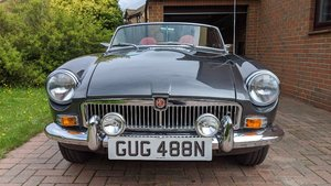 Picture of 1974 MGB Roadster Automatic