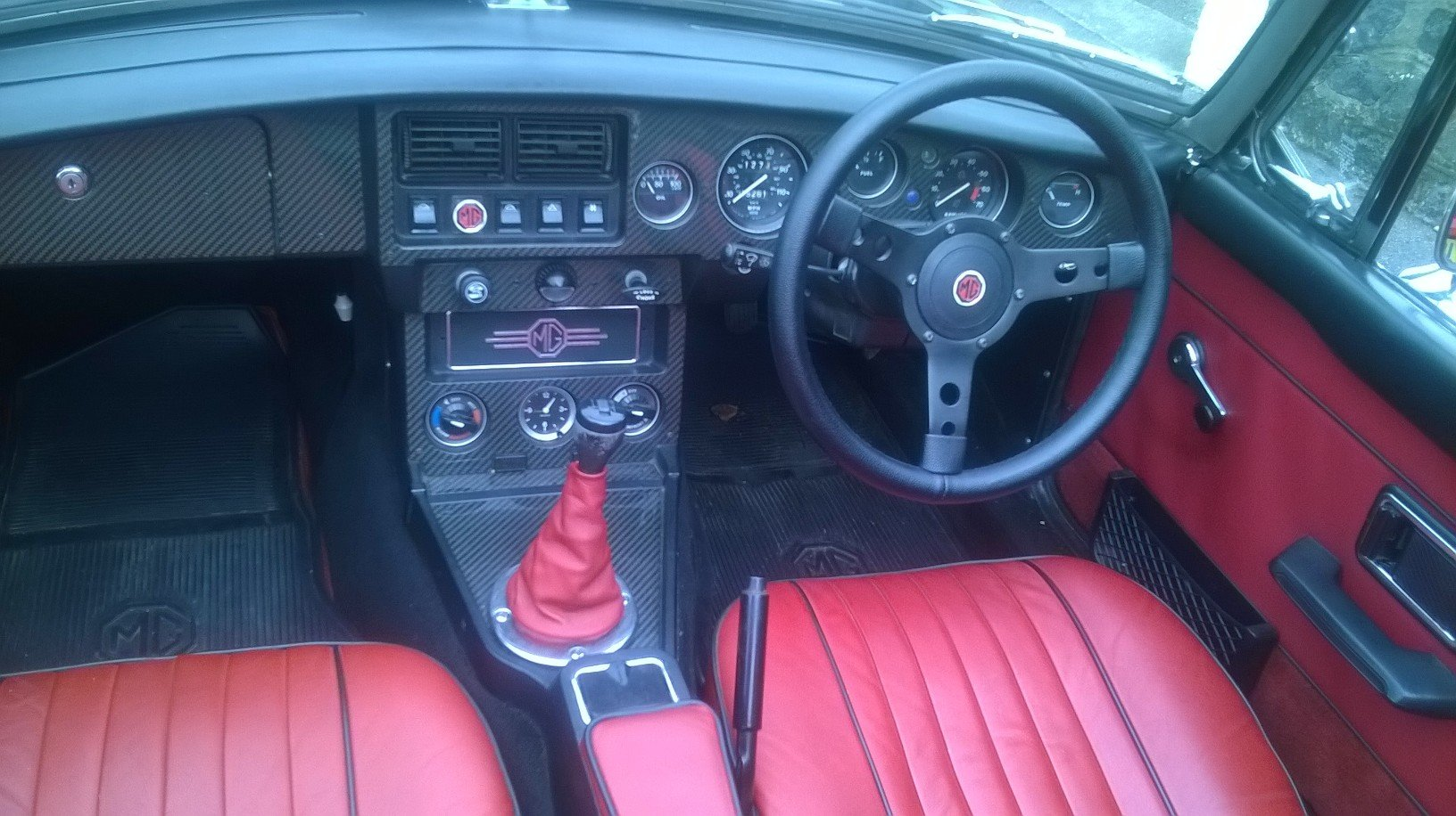 1977 MGB Roadster For Sale (picture 5 of 6)