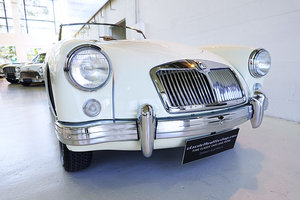 1959 AUS del. MG A Twin-Cam orig. colour, hard top, restored